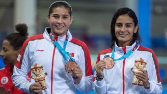 Paola Espinosa y Dolores Hernández presumen su Bronce en Lima 2019