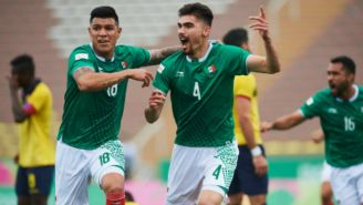 Johan Vásquez celebra anotación contra Ecuador
