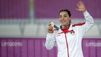 Daniela Gaxiola presume su medalla de Bronce que obtuvo en JP Lima 2019