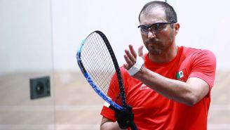 Álvaro Beltrán con la venda en la izquierda durante la Final de racquetbol individual