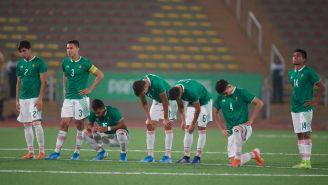Los seleccionados mexicanos se lamentan tras sus fallas en la tanda de penaltis