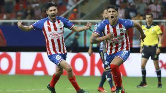 Pulido festeja anotación contra Atlético San Luis