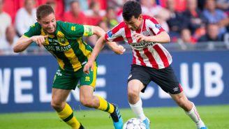 Chucky Lozano conduce la redonda en juego contra el Den Haag
