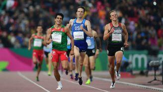 José Villarreal gana el oro en los 1500 metros planos