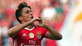 Franco Cervi celebra una anotación con el Benfica