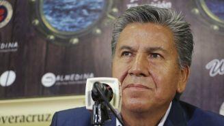 Raúl Arias en su presentación como directivo del Veracruz