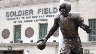 La estatua de Walter Payton