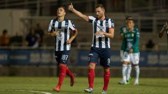 Vincent Janssen celebrando su anotación con Monterrey