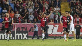 Osvaldo Martínez festeja una diana contra Pumas en Copa MX