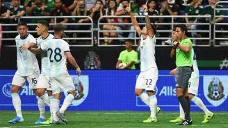 Argentina festeja una de sus dianas contra México