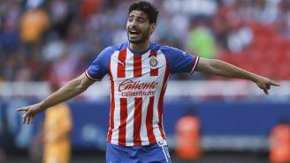 Antonio Briseño durante un juego de Chivas