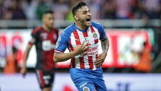 Vega le ha anotado cuatro goles al Atlas en Clásicos Tapatíos