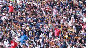Aficionados de Pumas CU durante el partido ante Burros Blancos