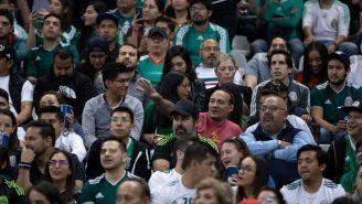 Aficionados del Tri en el juego frente a Panamá