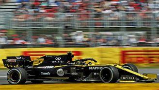 El equipo Renault F1 Team Canel´s durante una carrera