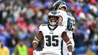 Boston Scott celebra su touchdown