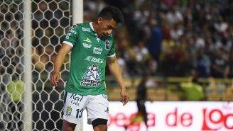 Ángel Mena durante un juego del León