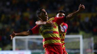 Cándido Ramírez festeja su gol de Morelia contra Juárez