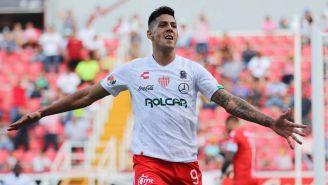 Mauro Quiroga festeja un gol con el Necaxa en el A2019