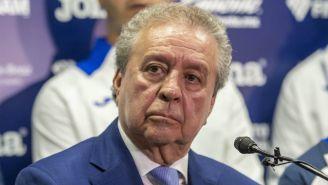 Víctor Garcés durante una conferencia de prensa del Cruz Azul