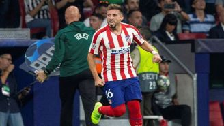 Héctor Herrera en un juego con el Atlético de Madrid