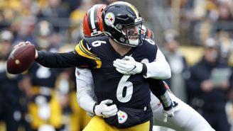 Devlin Hodges en acción en el Steelers vs Browns