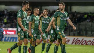 Jugadores de Potros UAEM se lamentan tras un duelo vs Pumas