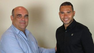 Gullit Peña al ser anunciado con Correcaminos