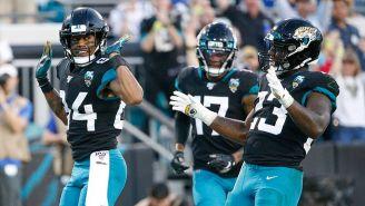 Jaguars festeja un TD en el partido contra Colts