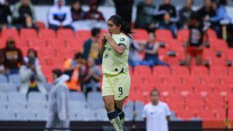 Lucero Cuevas durante un partido con América Femenil