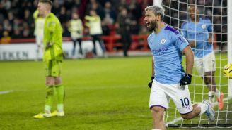 Sergio Agüero celebrando un gol con Manchester City