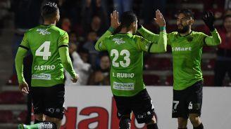 Futbolistas de Juárez, luego de un gol en Cuartos de Final