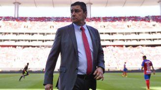 Luis Fernando Tena durante un juego de Chivas