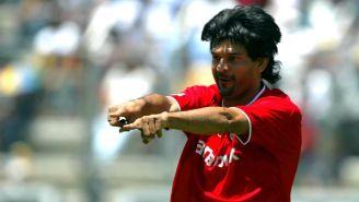 José Saturnino Cardozo celebrando un gol con Toluca