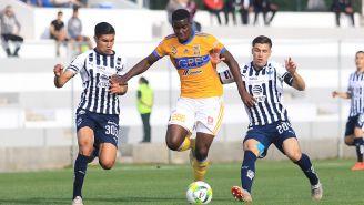 Koffi Dakoi en un partido de Sub 20 de los Tigres