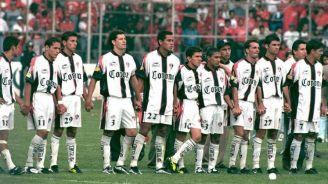 Jugadores de Atlas en la Final de 1999