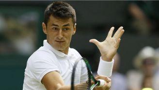 Tomic, durante un partido de tenis