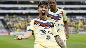 Leo Suárez celebrando un gol con América