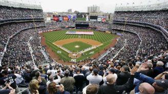 El  Yankee Stadium durante un juego de la novena de Nueva York