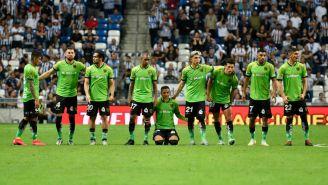 Jugadores de Juárez durante una tanda de penaltis