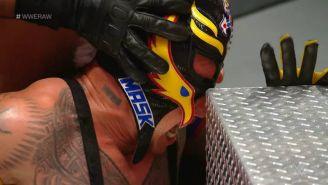 Rey Mysterio sufrió una fuerte lesión en el ojo