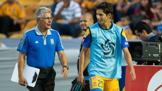 Tuca Ferretti y Jürgen Damm tras un duelo de Tigres