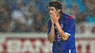 Waldo Ponce durante un partido con Cruz Azul