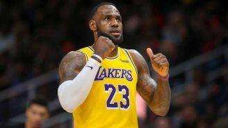 LeBron James, en un juego de los Lakers