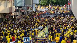 Afición de Cádiz en festejo