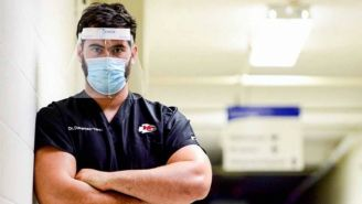 Laurent Duvernay-Tardif en un hospital