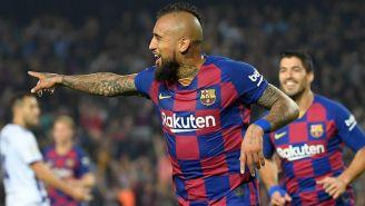 Arturo Vidal celebra un gol con Barcelona