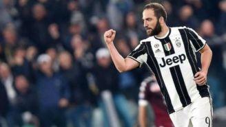 Gonzalo Higuaín en juego con la Juventus