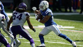 Jonathan Taylor en acción ante Minnesota Vikings