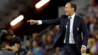 Allegri durante un partido con la Juventus